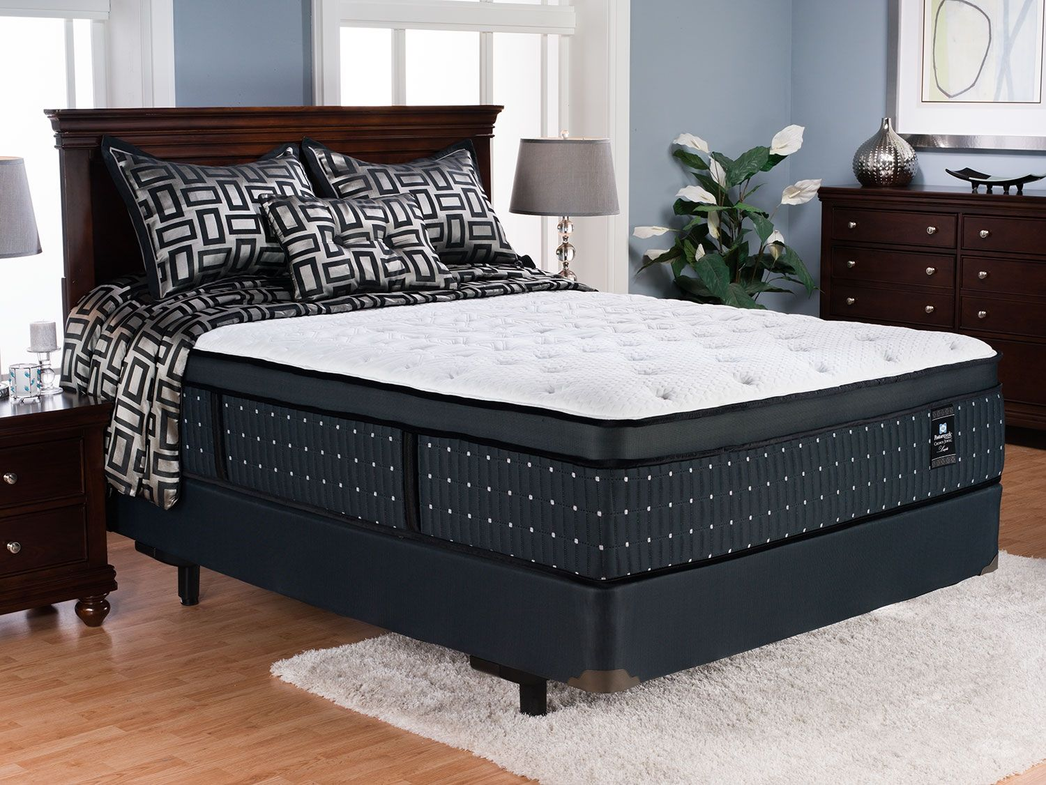 New Queen Mattress Set