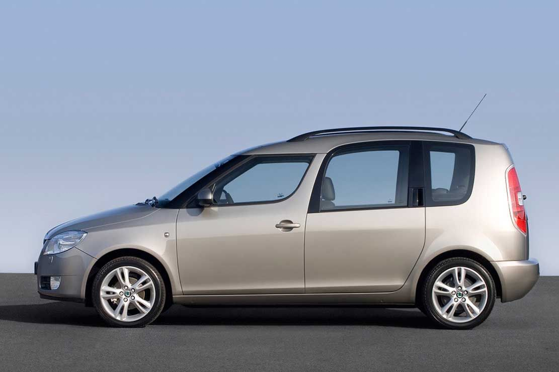 Škoda Roomster: looks like a people carrier ran into the back of a hatchback.