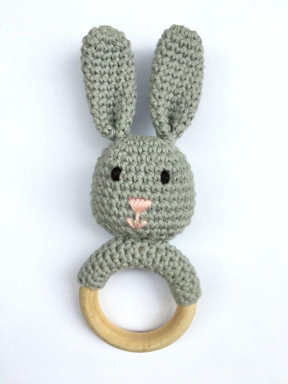 Grey Crochet Bunny Teething Ring Wood Teether Toy Haken