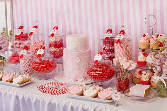 candy bar rouge rose candy bar pinterest bar bonbon et mariages. Black Bedroom Furniture Sets. Home Design Ideas