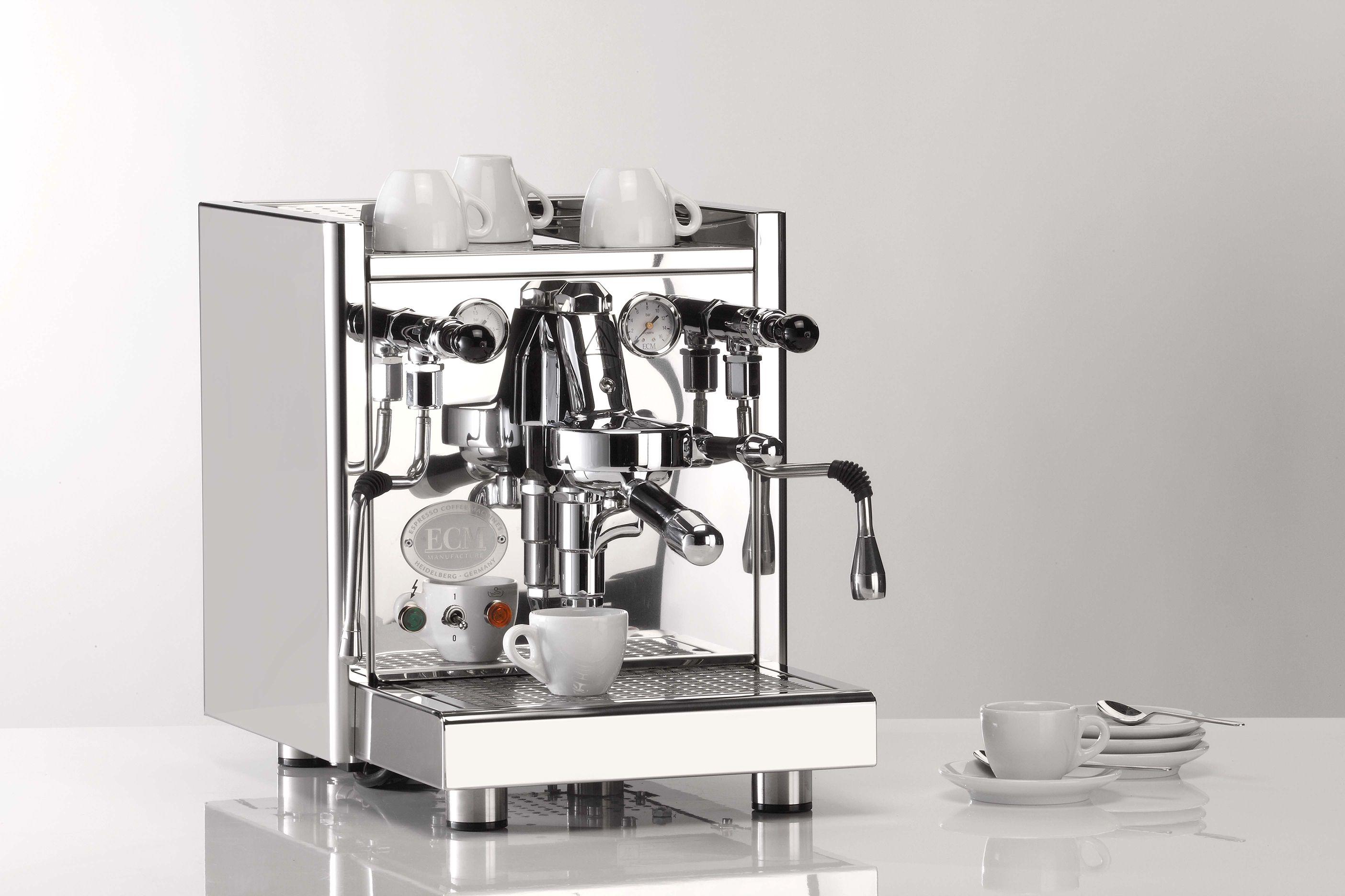 """Bekroond tot de """"Rolls-Royce"""" onder de espressomachines! Deze uitstekend afgewerkte machine biedt alles wat er verwacht wordt van een traditionele espressomachine!"""
