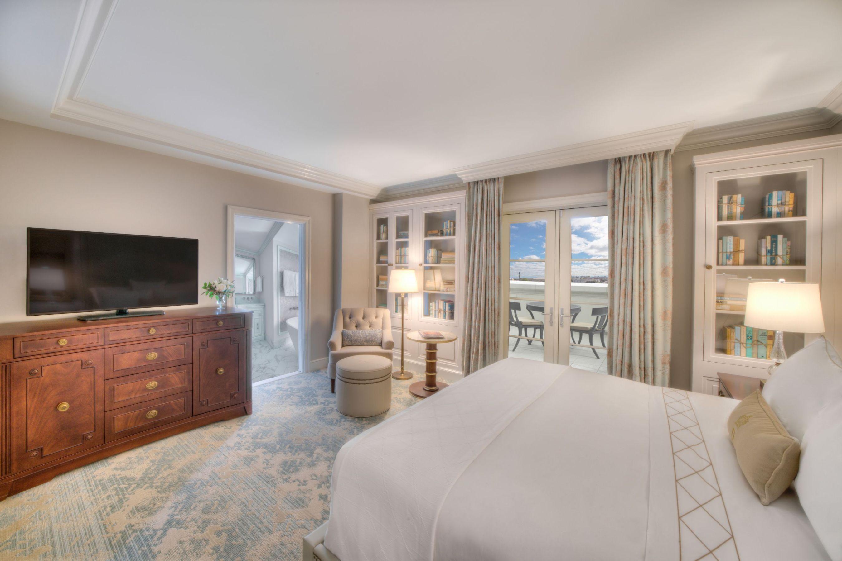 Design Tour Hotel Bennett Debuts In Charleston Sc House Home