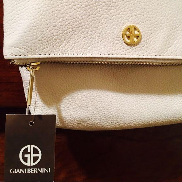 Giani Bernini white off the shoulder purse White off the shoulder purse Giani Bernini Bags Shoulder Bags