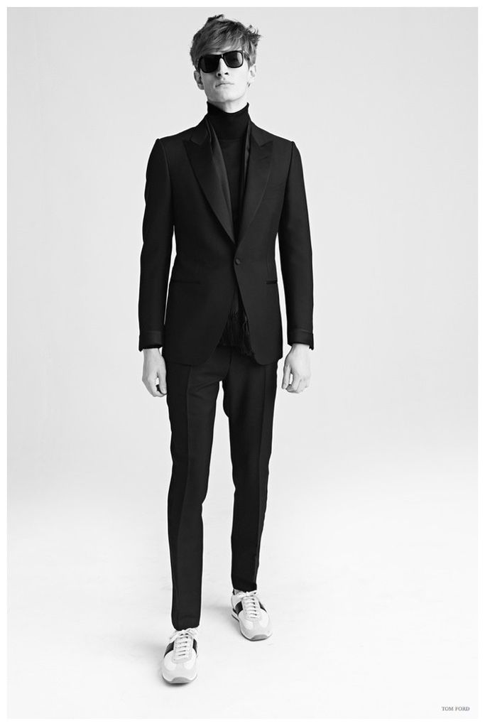 Tom Ford Men Fall/Winter 2015: Shearling Classics, Graphic Eveningwear + More