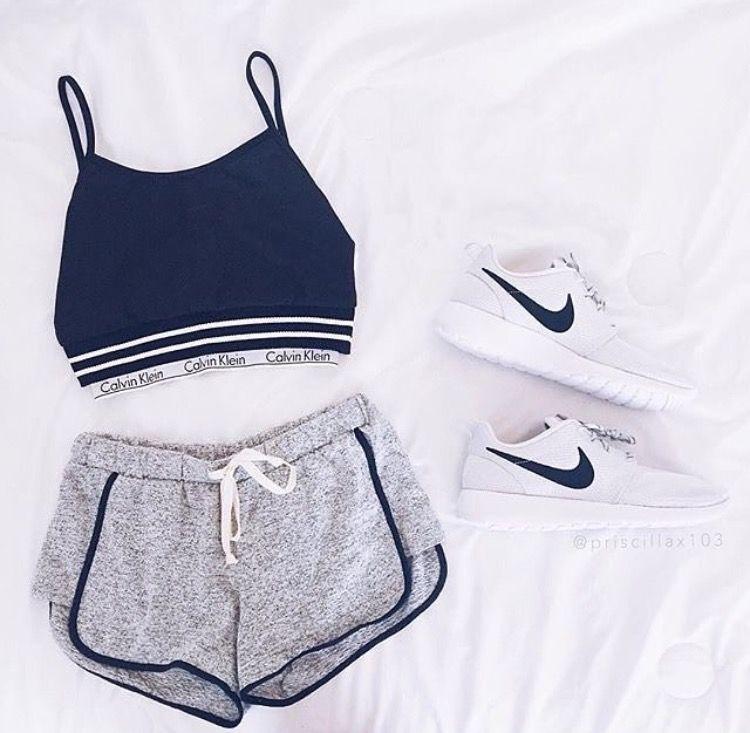 1d6d1a61cb02e Calvin Klein sports bra shirt