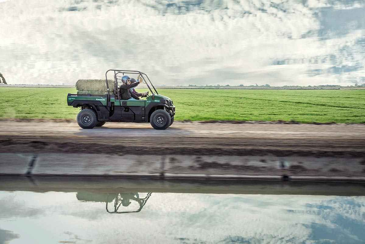 New 2016 Kawasaki Mule Pro-DX™ EPS Diesel ATVs For Sale in Ohio. The Mule PRO-DX™ EPS is our powerful, most capable, full-size, three-passenger diesel Mule™ Side x Side yet. This high-capacity diesel Mule has the largest steel cargo bed in its class so you can easily load a full-size wooden pallet (40 x 48 inches) and upto a1,000-pound payload then close the tailgate for transport. Featuring speed-sensitive EPS that automatically adjusts the amount of steering assist based on vehicle speed…