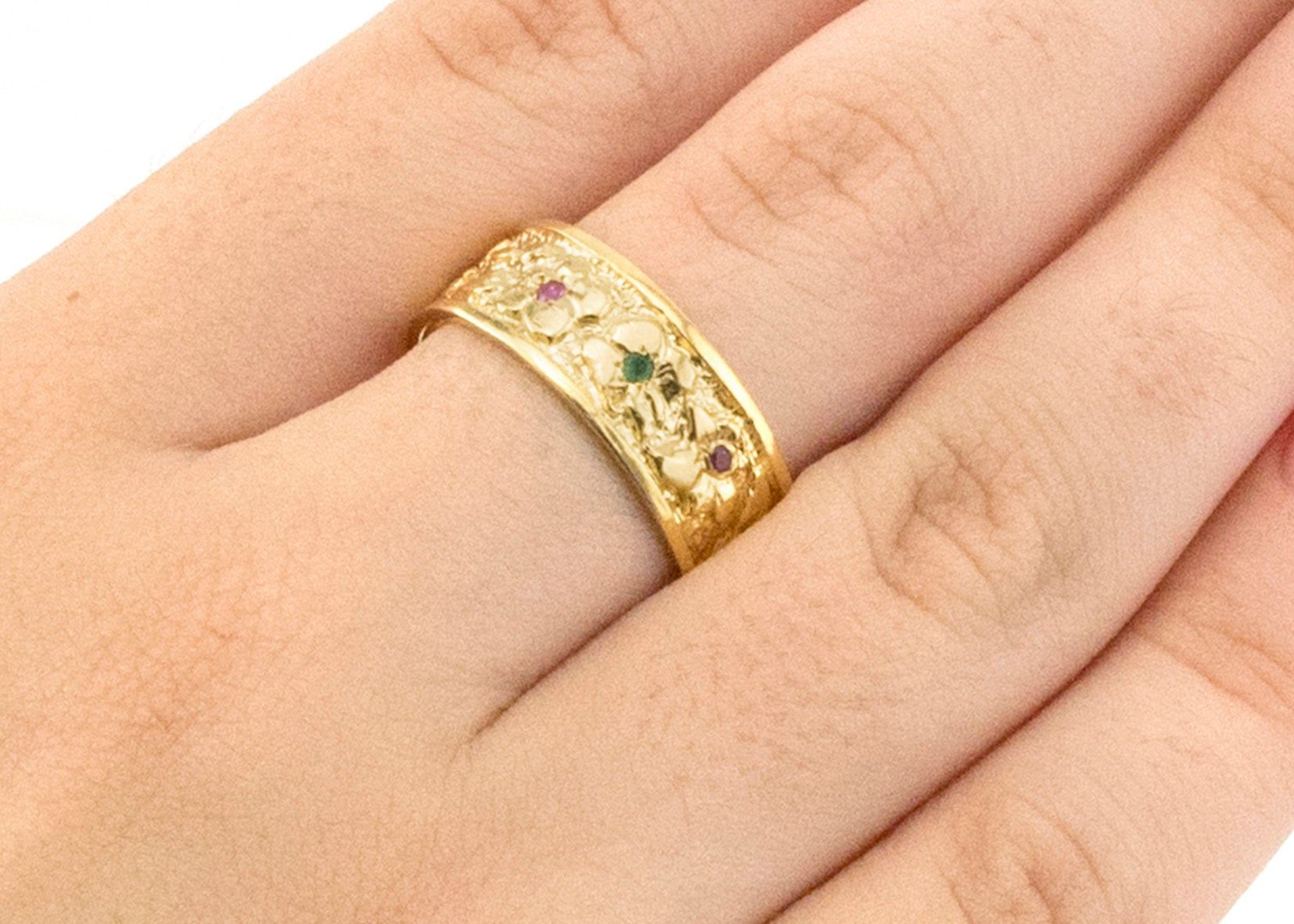 Vintage Style Women Band, 14k / 18k Gold Flowers and Leaves wedding Ring, Art-Deco Nature Insired leaf Ruby and Emerald Birthstone Ring.
