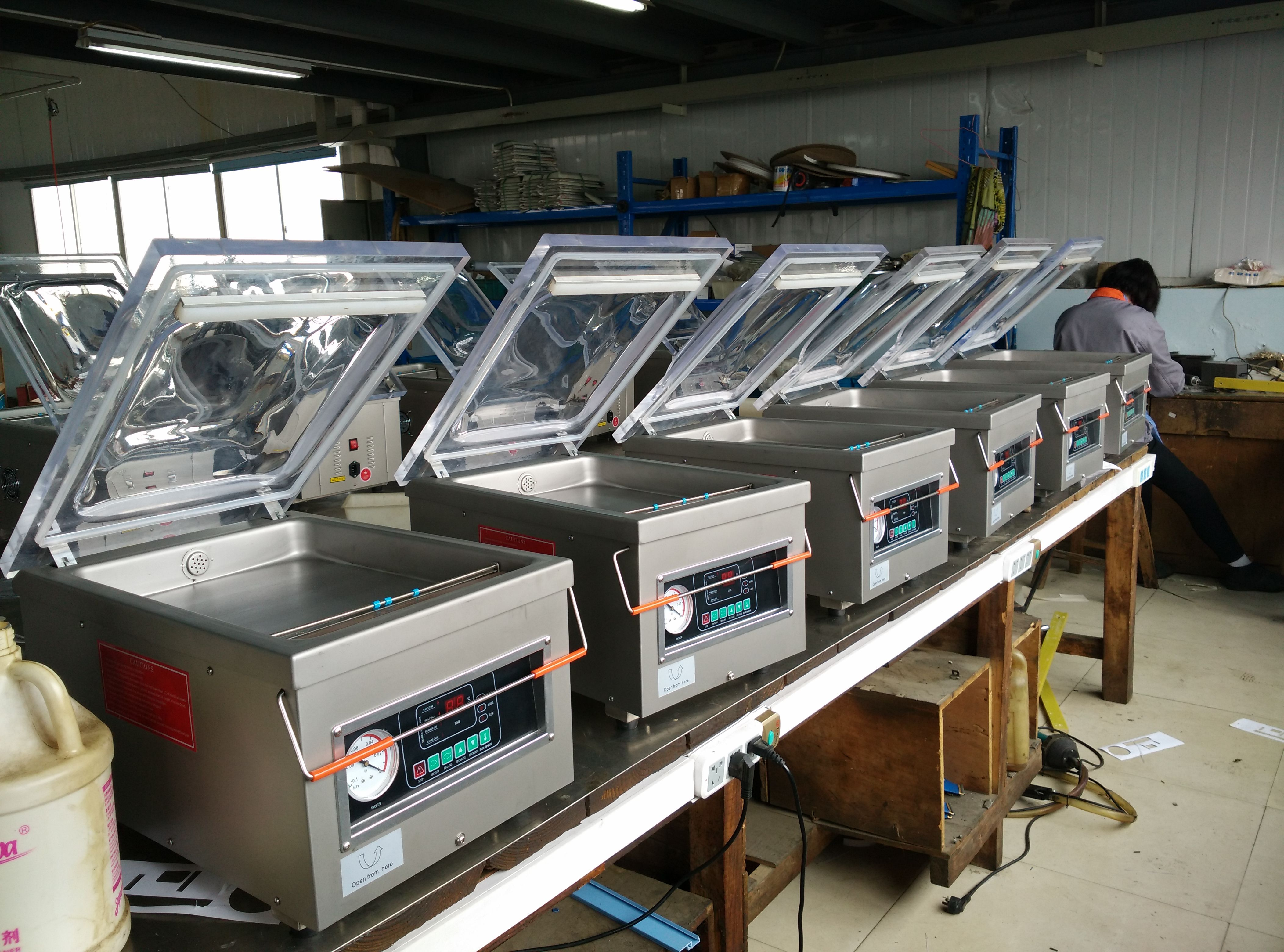 high quality vacuum machine hot sale! Automatic packaging machine