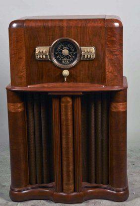 Search Radios Live Auctioneers Antique Radio Retro Radios Vintage Radio