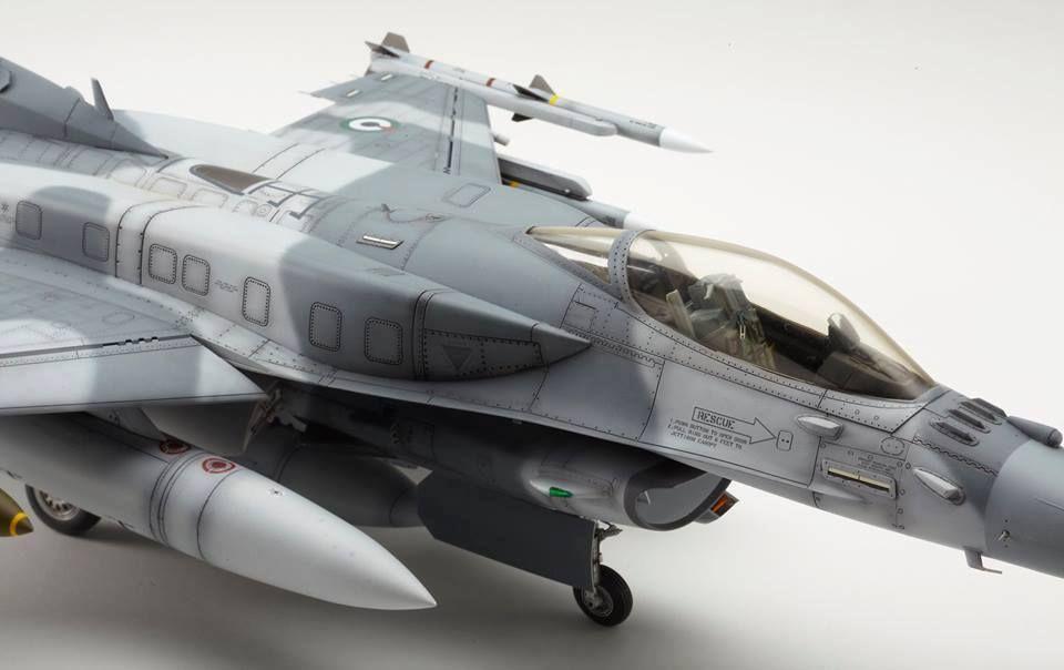 F-16 UAE Air Force By Modeler George Johnson 1:32 Scale Tamiya