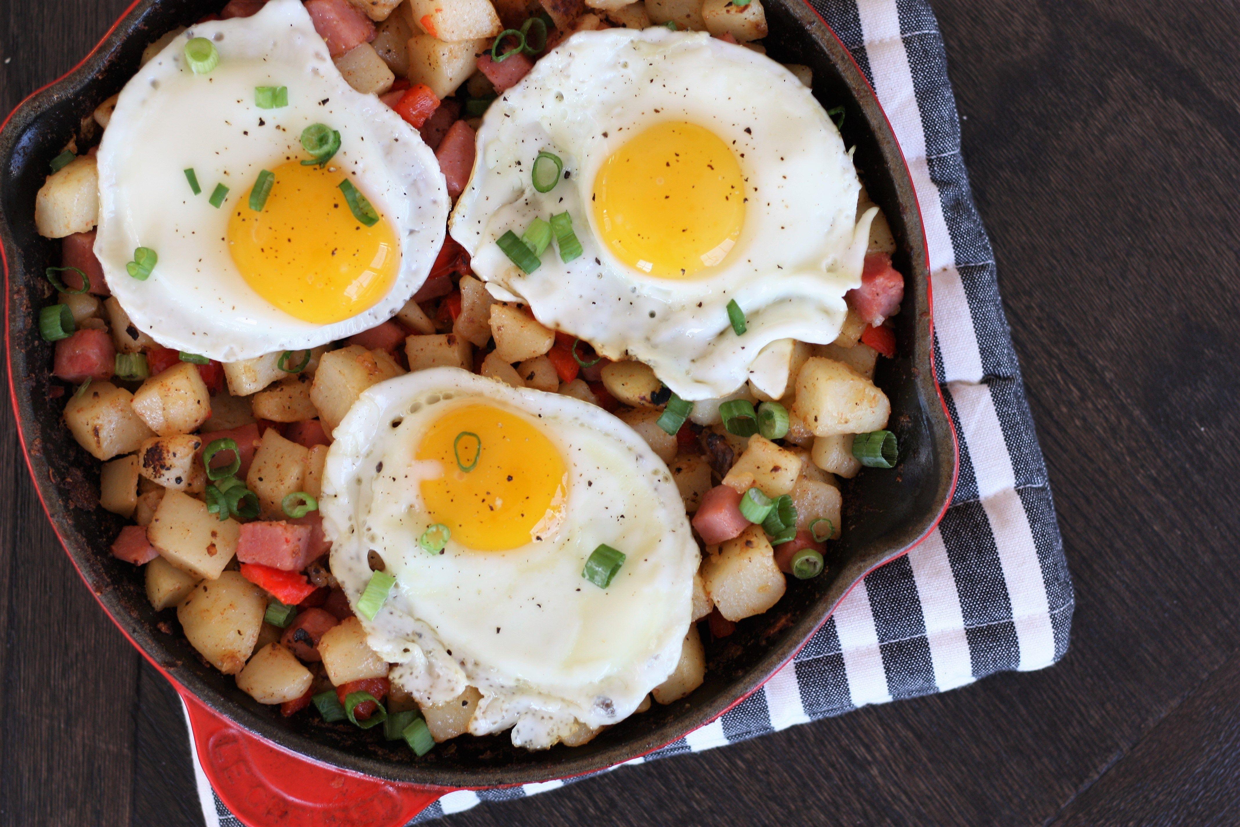 Easy skillet potato hash and hattie makes three recipe