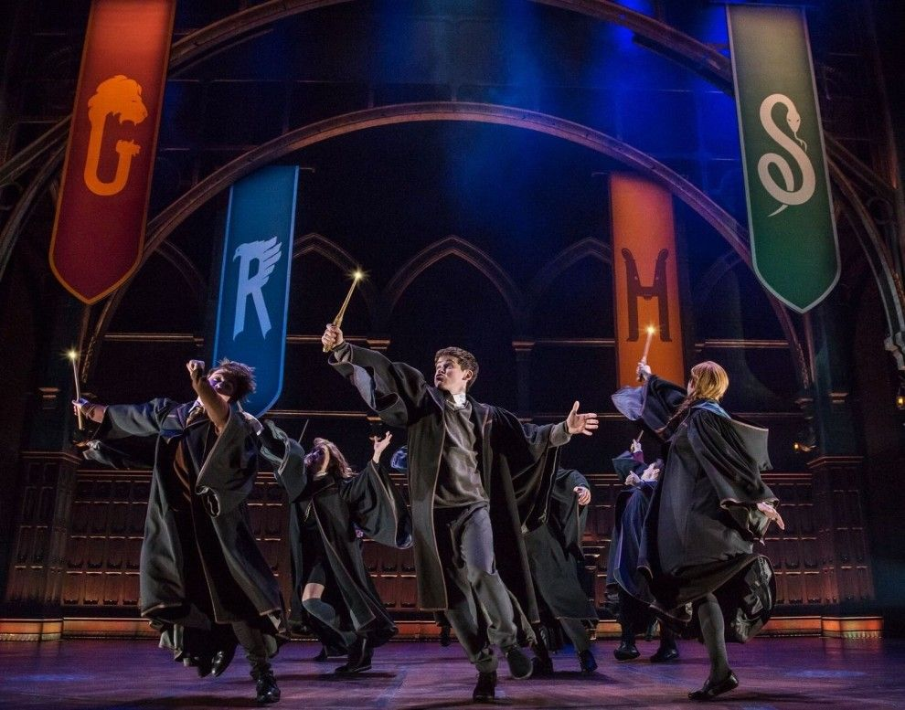 Harry Potter And The Cursed Child Has Finally Hit The Broadway Stage And The Story Begins 19 Years After The Battle Of Hogwarts Harry Potter Cursed Child Cursed Child Fantastic Beasts Series