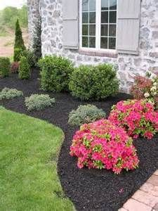 Low Cost Landscape Ideas 10-ways to create a pretty lawnthe everyday home / www