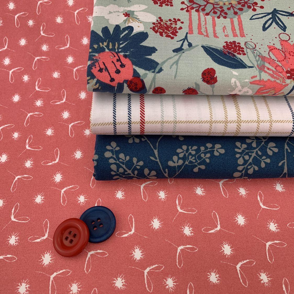 4 Fat Quarter bundle 100/% cotton fabric Hanging Around by Dashwood