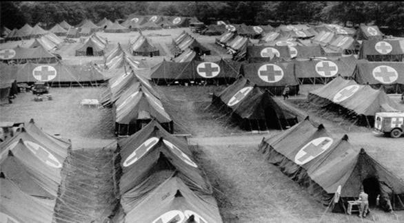 The 45th Evacuation Hospital of La Cambe. Army nurse