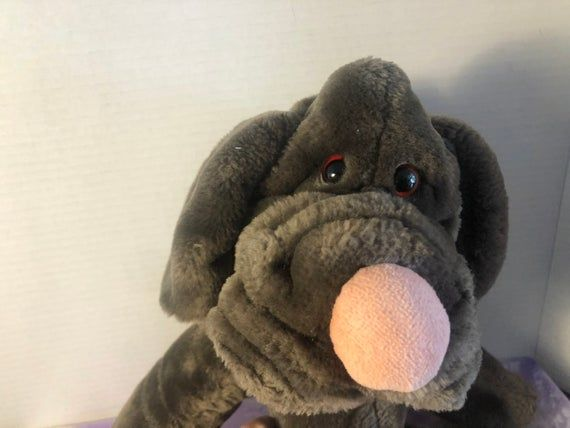 Hi Thank you for coming to my shop. Wrinkles Dog Vintage 1984 The Heritage Collection Ganz bros Plush Hand Puppet - In Amazing Shape Like NewPlease review photos and feel free to ask me any questions you might have. Item will be shipped in 1 business day. Thanks for Stopping by!