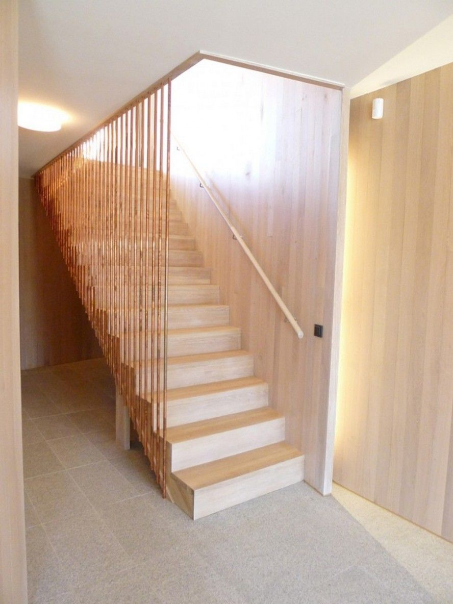 Best Wooden Staircase White Oak Color With Wood Strips Rails 640 x 480
