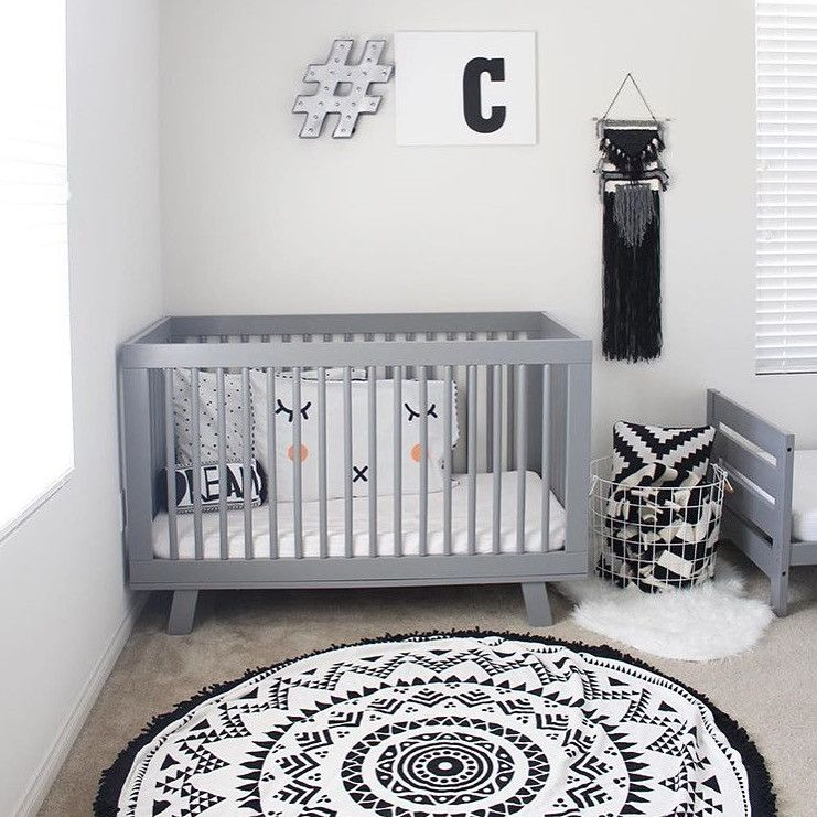 Black And White Nursery The Rug Swimzip Roun Pulls Whole Room Together Love Grey Crome Baby Great Monochrome