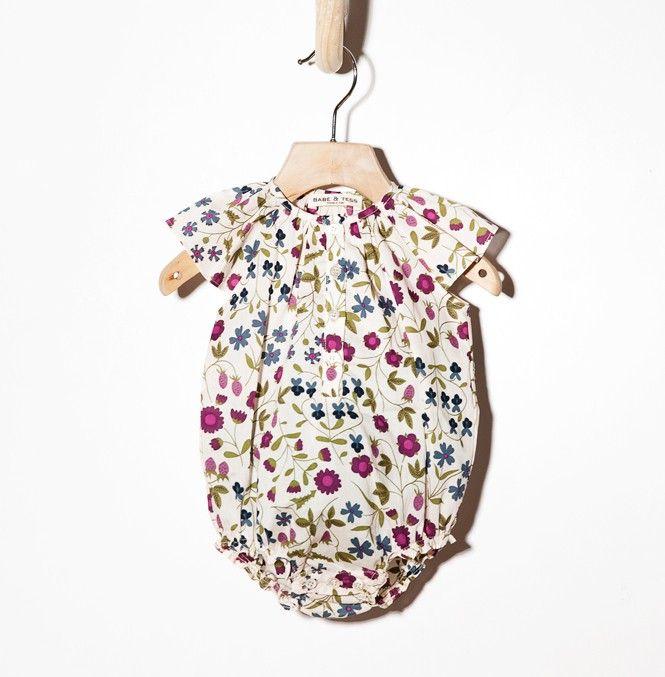 Woopeye abbigliamento per bambini, Neonato baby flower Liberty body Babe&tess #babeandtess #babe&tess   http://www.woopeye.com/shop-213-body-neonato-in-tessuto-liberty-a-fiori.html