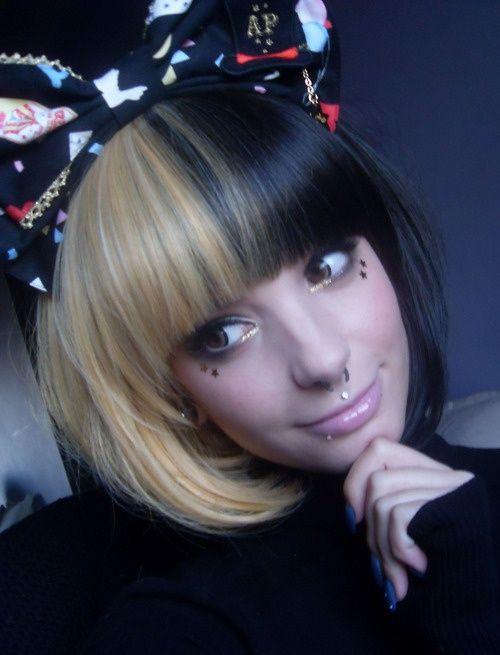 Half Black Half Blonde Hair Google Search Brown Blonde Hair