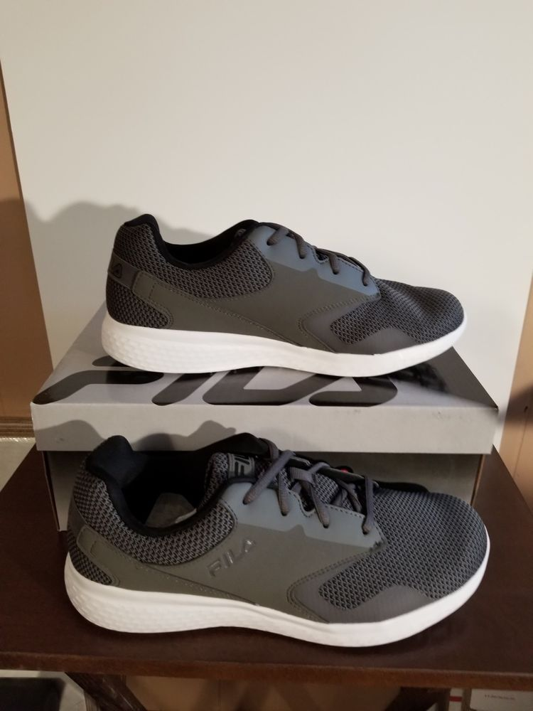 Fila Layers 2.5 Knit Athletic Shoes New