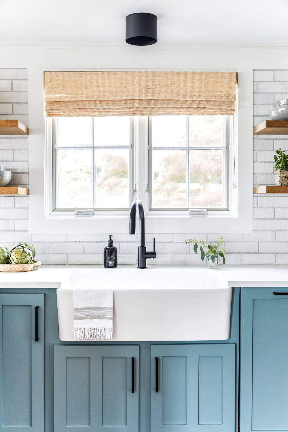 Maine Mainstays White Brick Kitchen Backsplash Farmhouse Kitchen Portland Maine In 2020 White Farmhouse Sink Black Kitchen Faucets Matte Black Kitchen Faucet