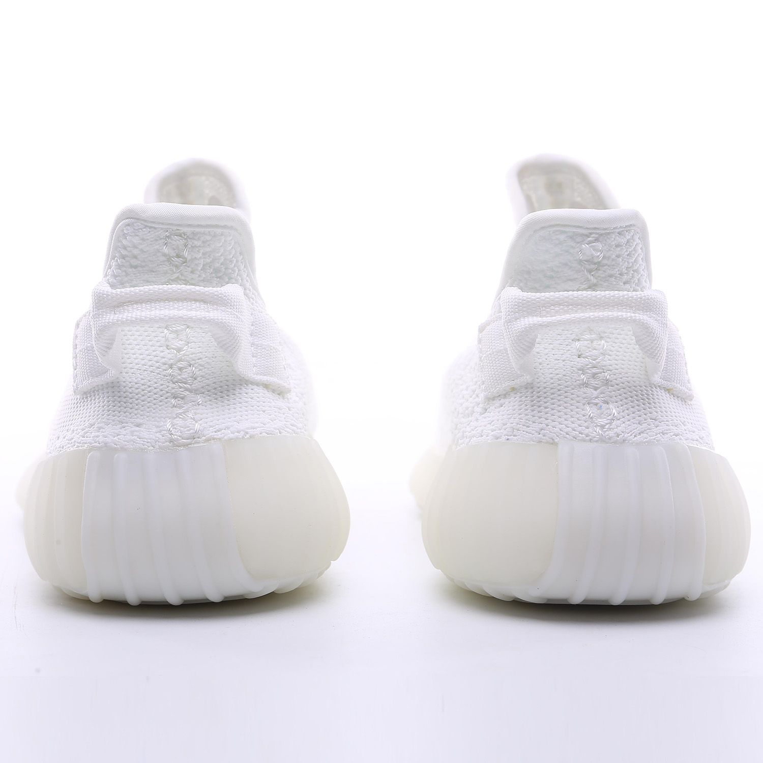 cceb524a4d512 We offre yeezy boost with wholesale price. whats  +8618670026710️  facebook:ifitness.