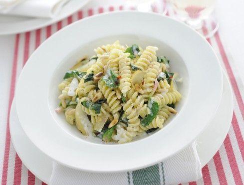 Fusilli alle erbe e pinoli - Fusilli pasta with herbs and pinenuts