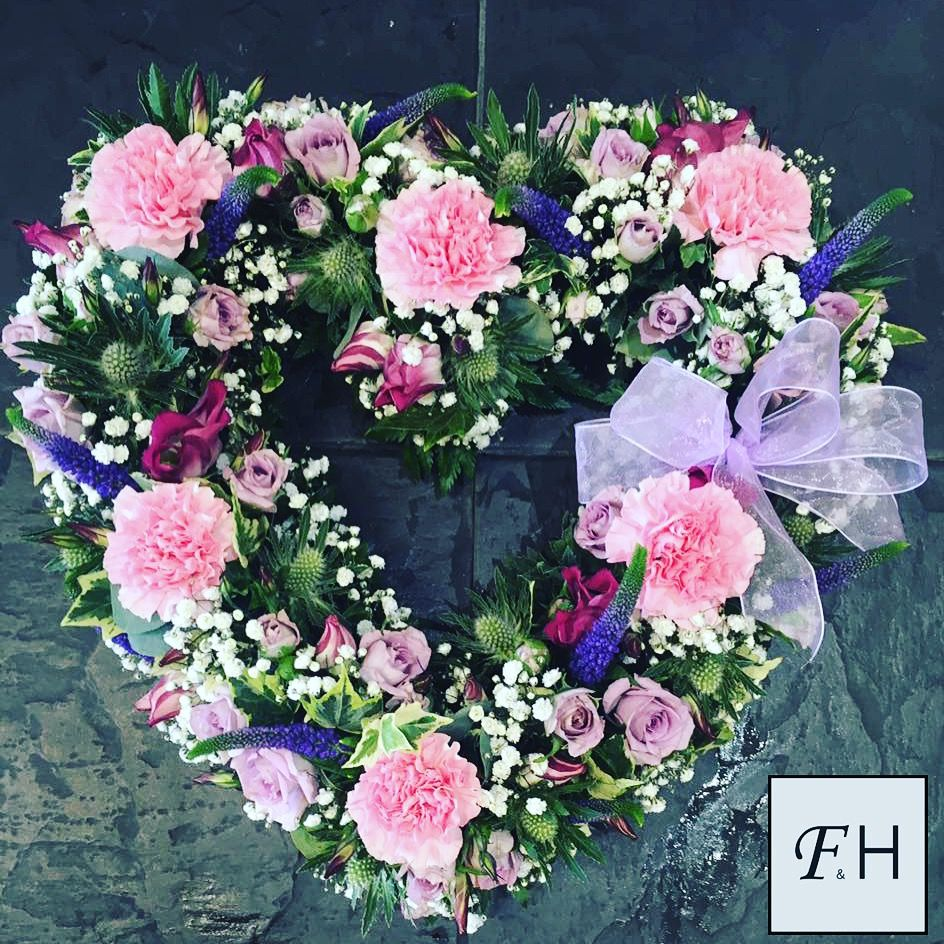 For those who are seeking funeral flowers in castle bromwich call 0121 730 2443 same day flower delivery available flowers for all occasions wedding flowers funeral arrangements event and corporate flowers izmirmasajfo