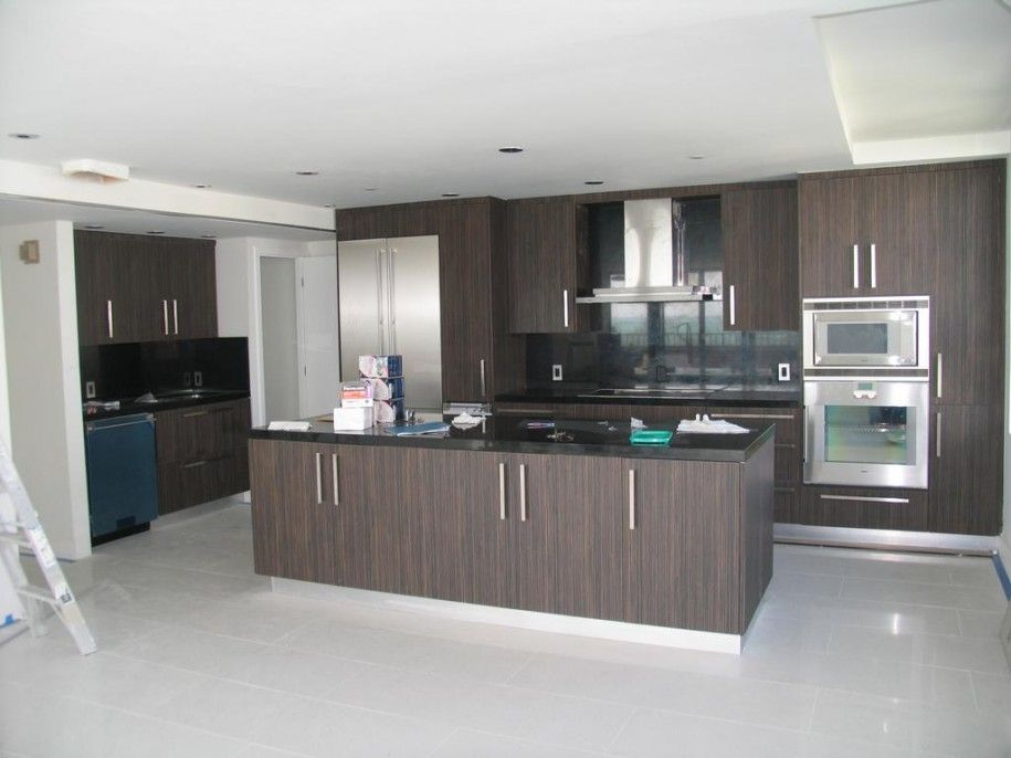 italian style kitchen cabinets for modern kitchen look: brown