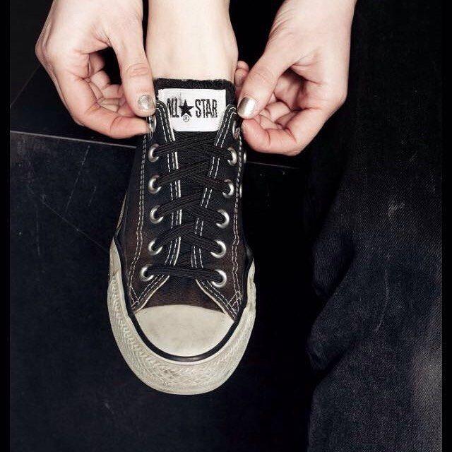 Dann bestelle jetzt die  elastischen Senkel von leazy! >>> www.leazy.de <<< NIE WIEDER SCHUHE BINDEN!  << NEVER TIE YOUR SHOES AGAIN!    Danke für das schöne Bild  #fashion #style #adidas #nike #rebook #converse  #model #ootd #adidassuperstar #fashionaddict #fitnessmodel #fit #fitness #mensfashion #fashionblogger #instafashion #gq #instagood #fitnessmodel #instadaily #fashionstyle #blogger #beauty #beautiful #instablogger #sneaker #running #nike #shoes #vsco