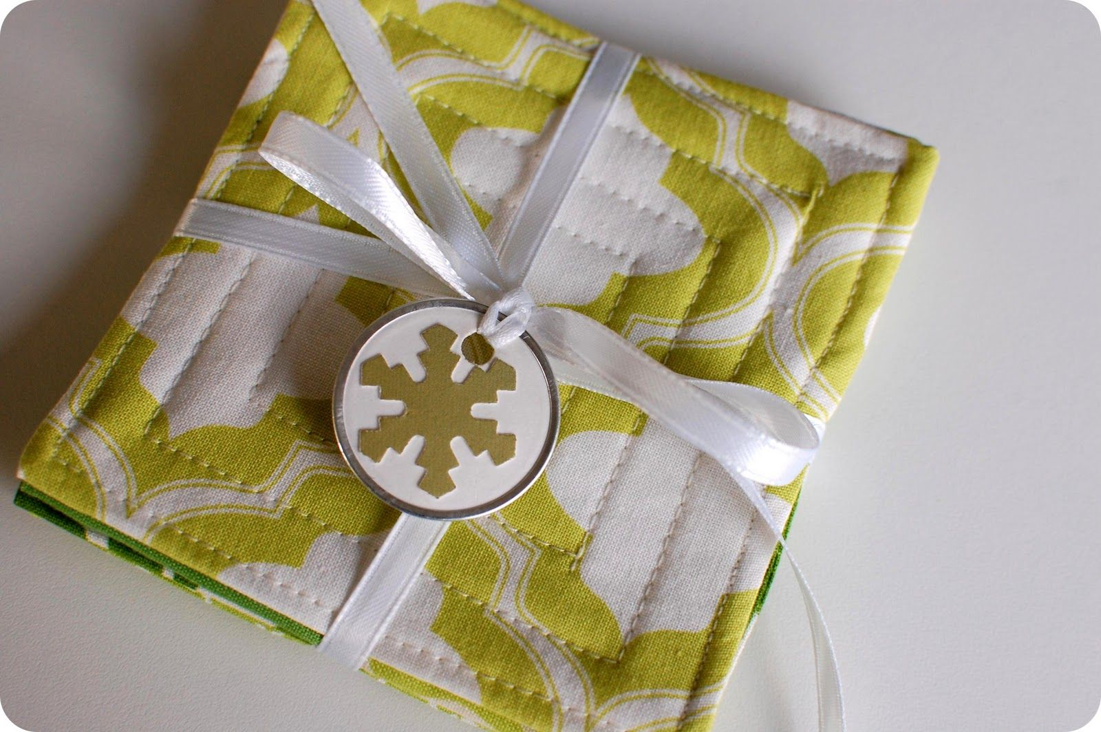 How to make quilted coasters share your craft pinterest