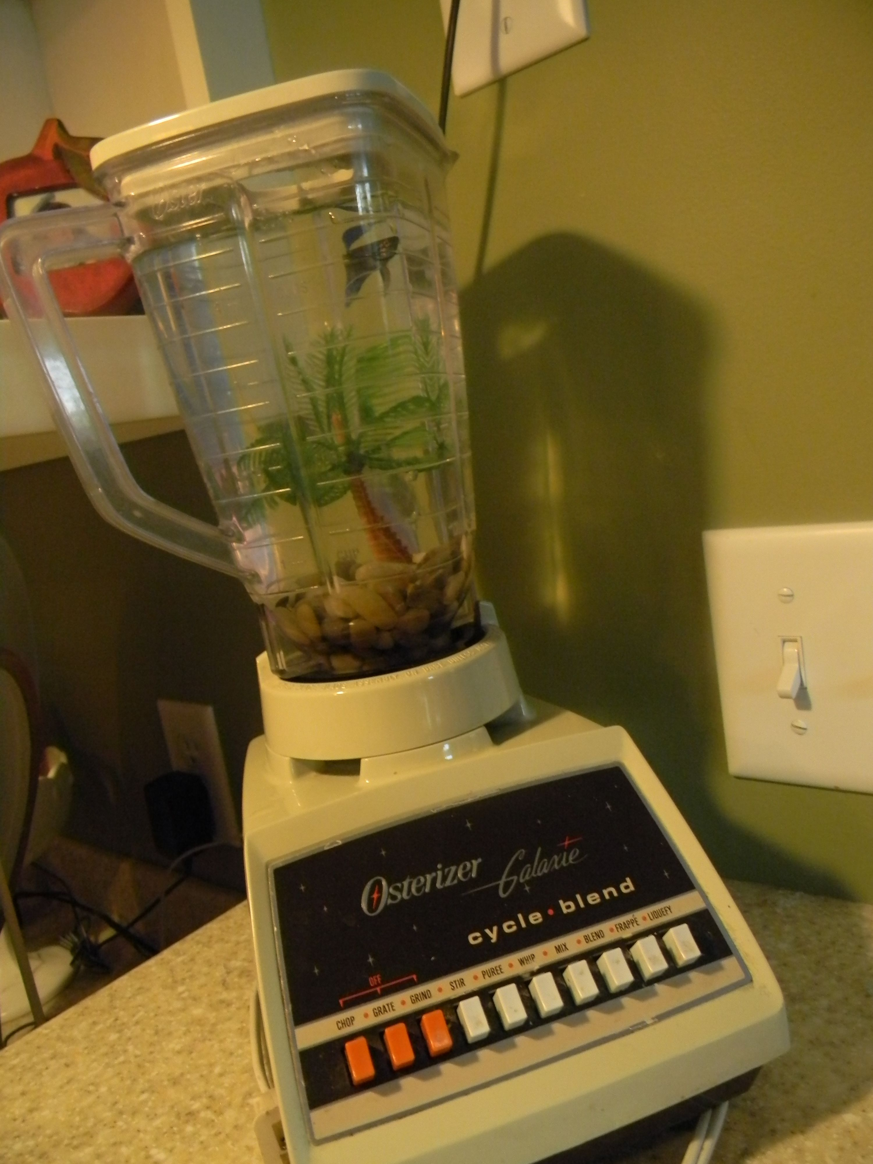 Old blender fish tank idea from pinterest crafts for Fish in a blender