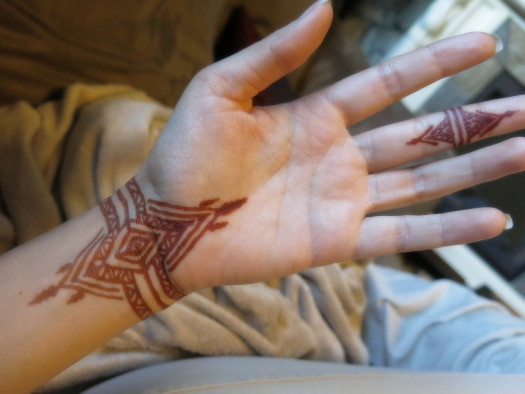 Henna Tattoo Vancouver Bc : Nadbrad designs the market stall henna gallery geometric
