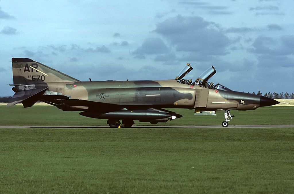 68 0570 Rf 4c 10th Trw Raf Alconbury Caught About To Depart Its