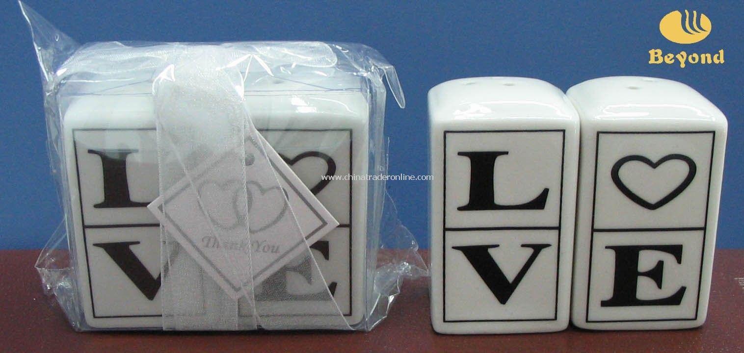 Unique Wedding Favor Love Ceramic Cruet Salt And Pepper Shaker