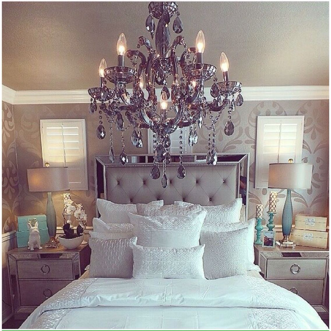 10 Glamorous Bedroom Ideas | Mirror panels, Mad and Queen size