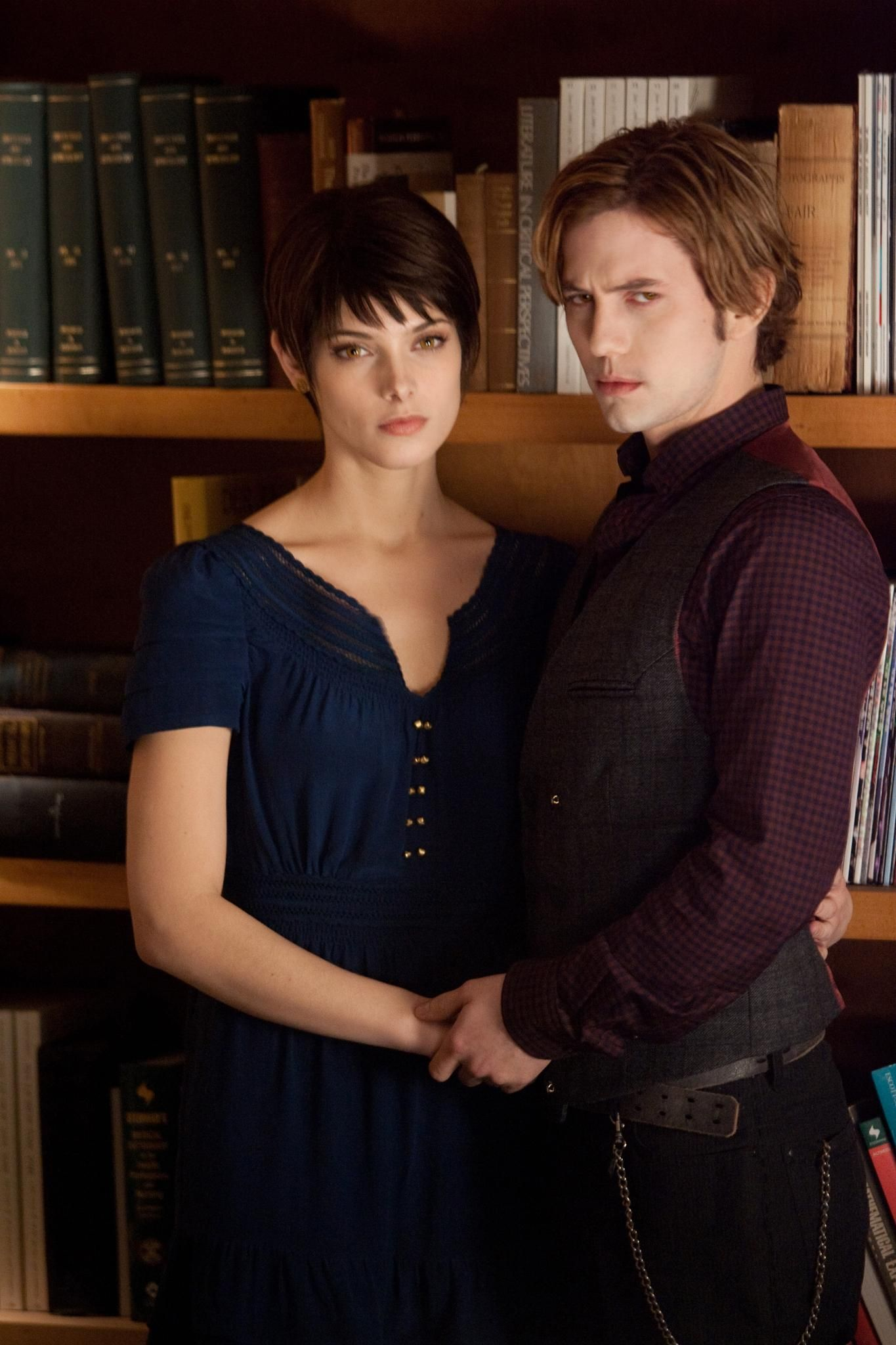 Still of Jackson Rathbone and Ashley Greene in The Twilight Saga: Breaking Dawn - Part 2 (2012) http://www.movpins.com/dHQxNjczNDM0/the-twilight-saga:-breaking-dawn-part-2-(2012)/still-936881664