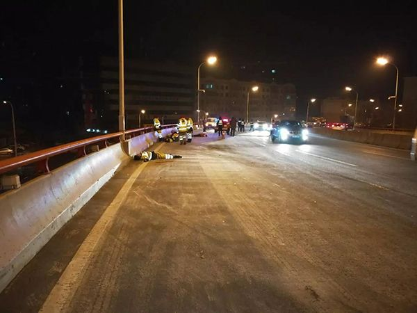 Five Street Cleaners Die In Harbin After Hit By Car