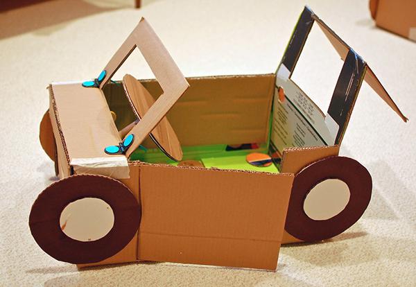 Roundup 12 Cool Diy Cardboard Playhouses And Toys For Kids Cardboard Playhouse Crafts Cardboard Crafts