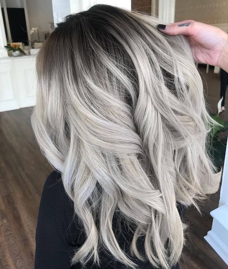Ice Blonde Grey Wavy Balayage Mid Length Hair In 2019 Hair