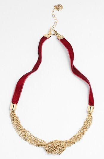 Professionelle: Knotted Necklace