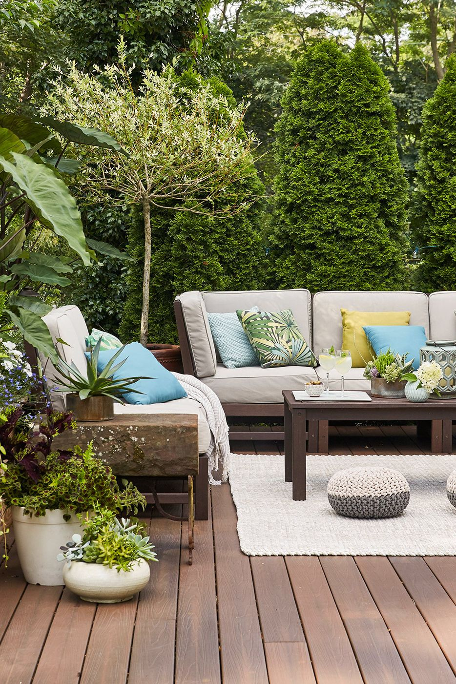 18 Deck Privacy Ideas for a Perfectly Secluded Outdoor Retreat