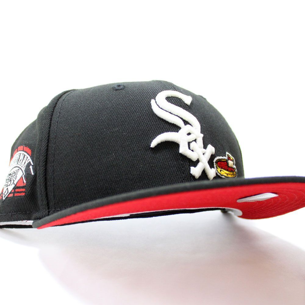 Chicagowhitesox Deep Dish Comiskey Park Patch Fitted 59fifty Newerahat In Black Redbottom Ecapcity In 2021 Fitted Hats Hats For Men New Era Cap