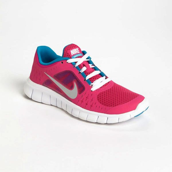 superior quality 4d5e8 51c50  freeruns20 com site full of  nikes 60% off!! for people who burn through  shoes ......or who just want them in every color!