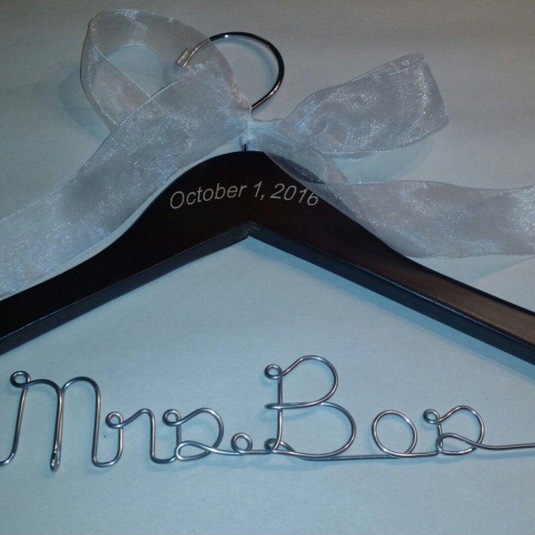 Future Mrs Hanger - Dress Wedding Hanger - Original Hanger - Bride ...
