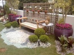 Resultado de imagem para www.quintal arrumado e vasinhos cor de barro