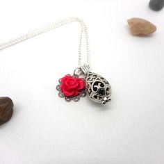 A parfumer!!! collier à parfumer estampe fleur rose foncé