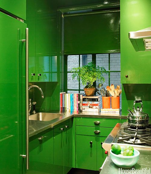 If Emerald City Had A Kitchen New York Design By Miles Redd High Gloss Lacquer And Punch Of Green Did You See That Even The Roller