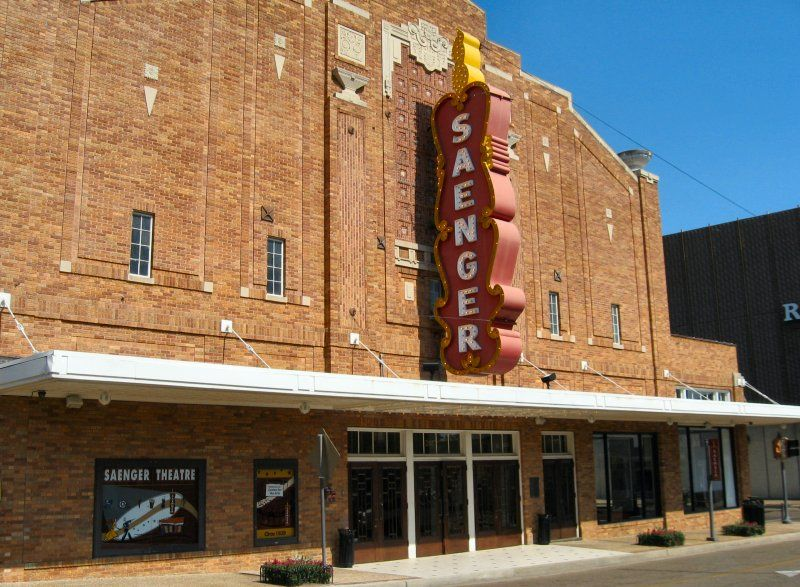 Saenger Theater Hattiesburg Mississippi Hattiesburg Places To Travel Art Deco